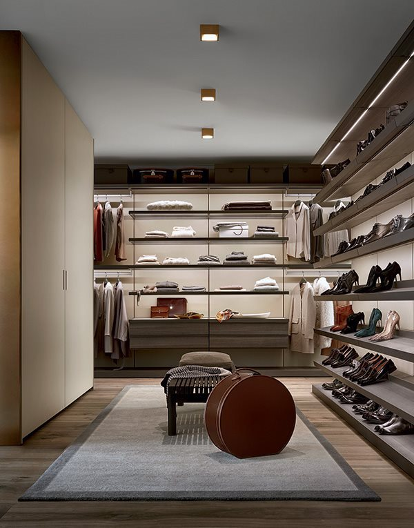 walk-in-closet-